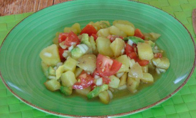 Avocado-Tomaten-Kartoffelsalat